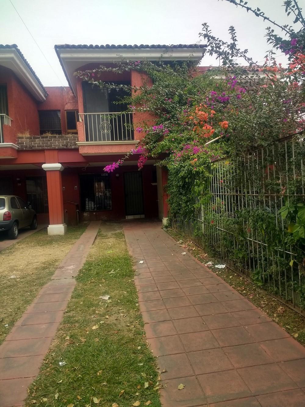 Casa en Renta La Calma