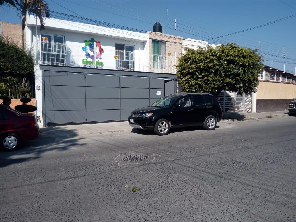 Locales/Consultorios/Oficinas Colinas de Atemajac